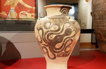 Minoan-Pithos