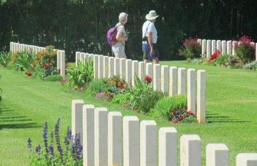 Souda-Cemetery-Flowers
