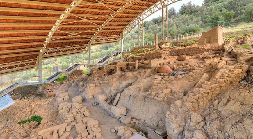 eleftherna-necropolis-inside